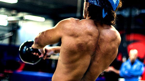 Упражнения с гирей для спины